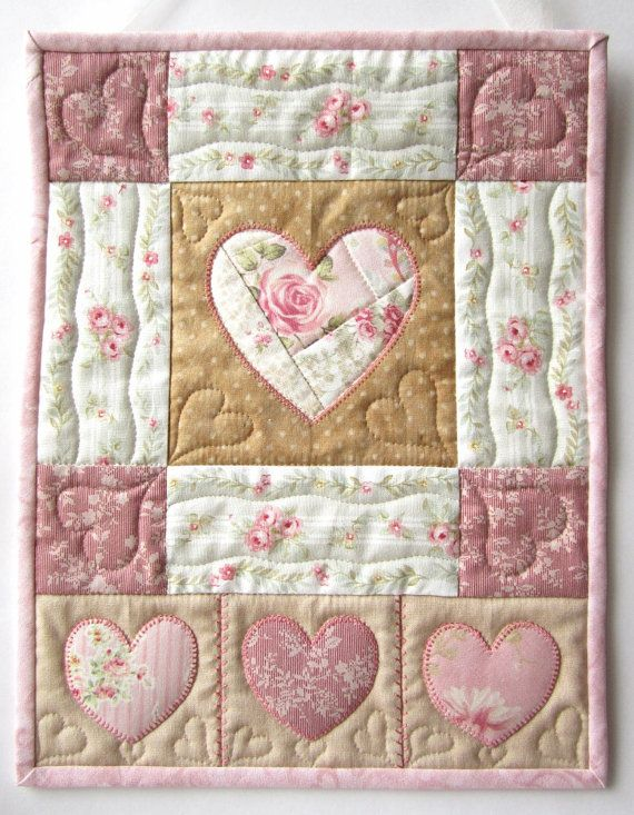 350 best Heart Quilts images on Pinterest   Heart quilts, Pointe ... : quilts with hearts - Adamdwight.com