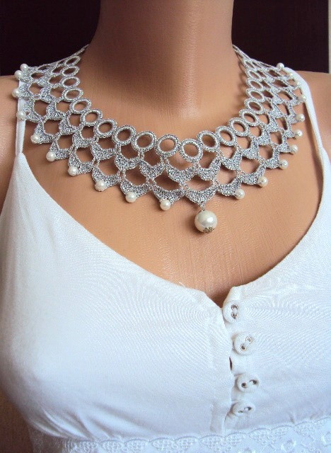 Crochet necklace on Etsy.com