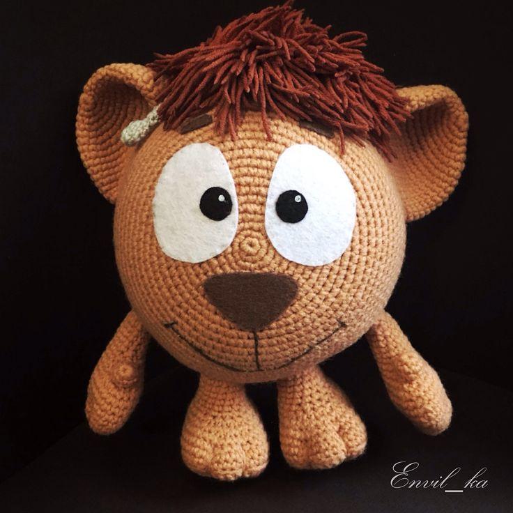 Мылыш Ушарик из мультфильма Смешарики. У Ушарика кохлеарный имплант. Малыш выполнен на заказ. Рост Ушарика 24см. #крючок #амигуруми #крючкомдетям #amigurumi #crochettoys #toys #crochet #crocheting #crochetlove #смешарики #ушарик #кохлеарная_имплантация #кохлеарныйимплант