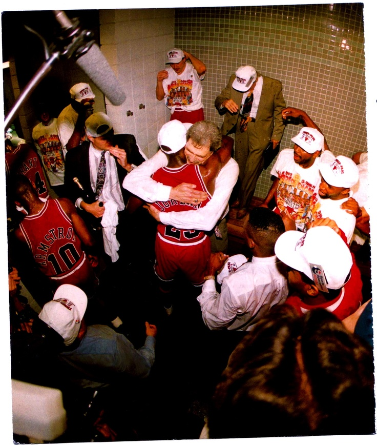phil jackson and michael jordan relationship with teammates