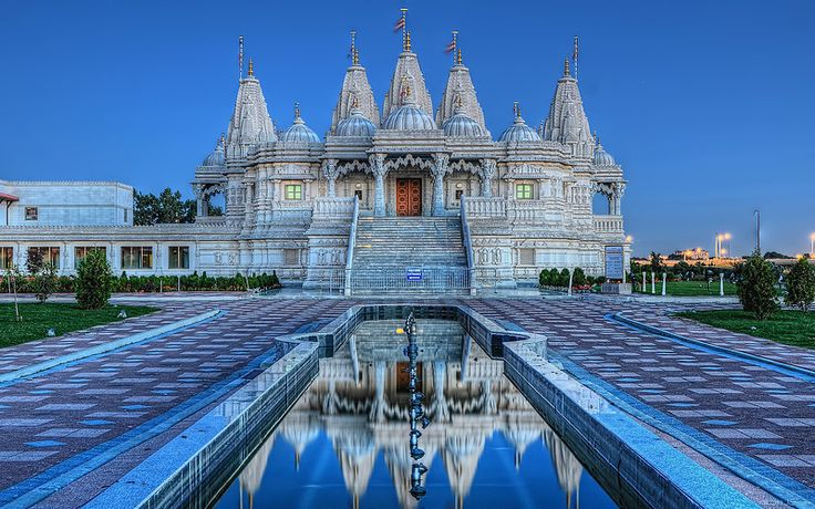 The BAPS Shri Swaminarayan Mandir complex in Toronto has become the focus of interest and wonder for local citizens and visitors to Toronto. The complex consists of the first traditional hand carved Hindu Mandir (Hindu place of worship), Haveli and the Heritage Museum.