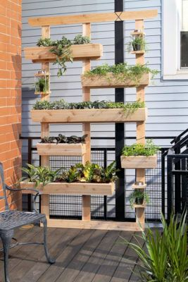 DIY Projects - Create a DIY Outdoor Living Wall Vertical Garden Planter via Dremel Weekends