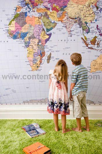 World map wallppaper. Green carpet.