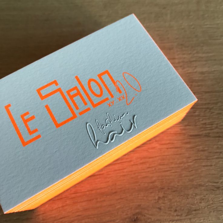 logo - branding - identity - business cards - visitekaartjes - fluo - blinddruk - kleur op snee - letterpress ...  all new for hairdresser Le Salon in Aalst