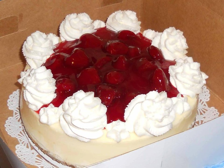 Strawberry preserve and chantilly cream with cheesecake anyone?