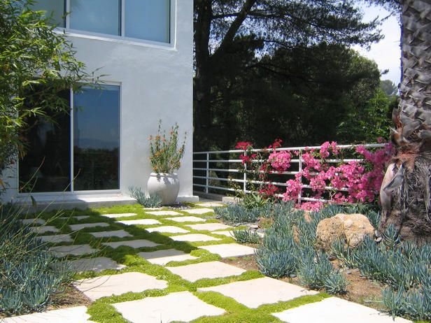 The 25 best ideas about large concrete pavers on for Large lot landscaping ideas