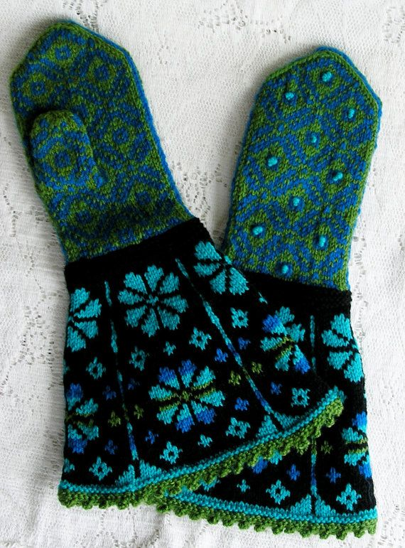 Latvian Spring Handknit Gauntlet Mittens