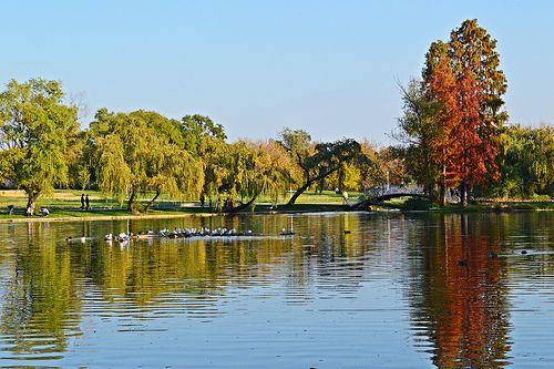 Sunny autumn weekend in Bucharest