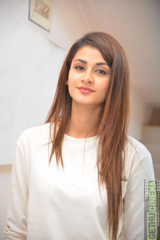 Actress Model Aditi Arya Gallery Bollywood Babes Aditi Arya