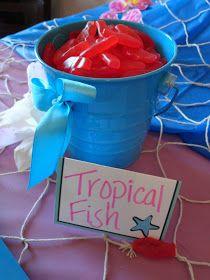 Então eu vi este tutorial …: Uma festa na piscina Tiki   – Birthday party idea for the girls