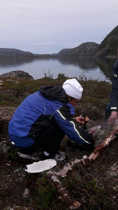 Norjassa Finnmarkin alueella Varangin kylän lähellä oli viimeisin reissupaikkasi. Tunturit olivat sinun sielunmaisemasi. Lappi ja vuonot ja suuren metsän hiljaisuus oli sinun lepopaikkasi. Vaellat nyt ikuisesti siellä missä parhaiten viihdyit. LOve you always!