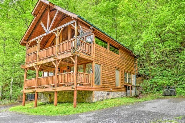 Smokey Max Cabin Luxury 2 Bedroom Pigeon Forge Cabin Rental Cabin Cabin Rentals Luxury Cabin Rental