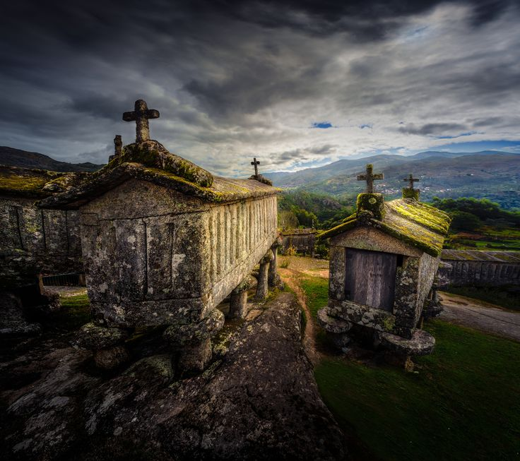 "https://flic.kr/p/B12Crp | Temples of the harvest | The ""espigueiros"" (granaries) of Soajo (Minho, Portugal) [Nikkor AI 18mm f/4]"