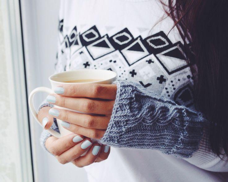 Knitted woolen mittens #handmade #diy #knitting #warm #cosy #grey #wool #mango #sweater