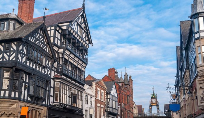 Discount UK Holidays Chester 4* Spa Hotel Stay + Full Breakfast + 2-Course Pizza Express with Drink Discounted by 42%  BUY NOW for just £89