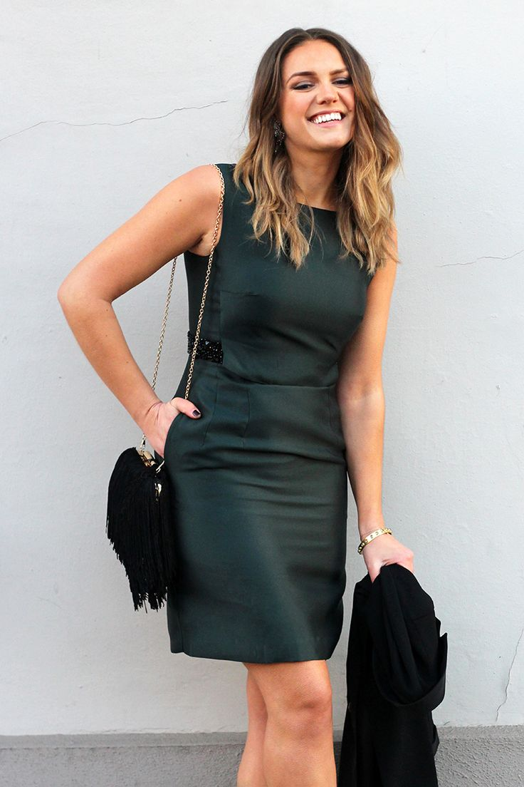 Emerald Green Cocktail Dress | Desk To Dinner Outfit Ideas | Phase Eight Alba Dress | The Elgin Avenue Blog