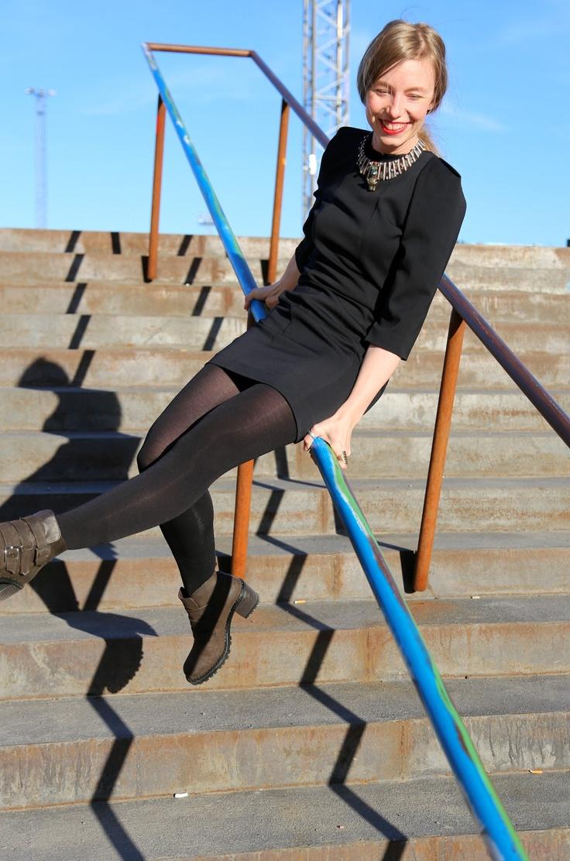 Samuji Dress! http://kadonneettytot.com/