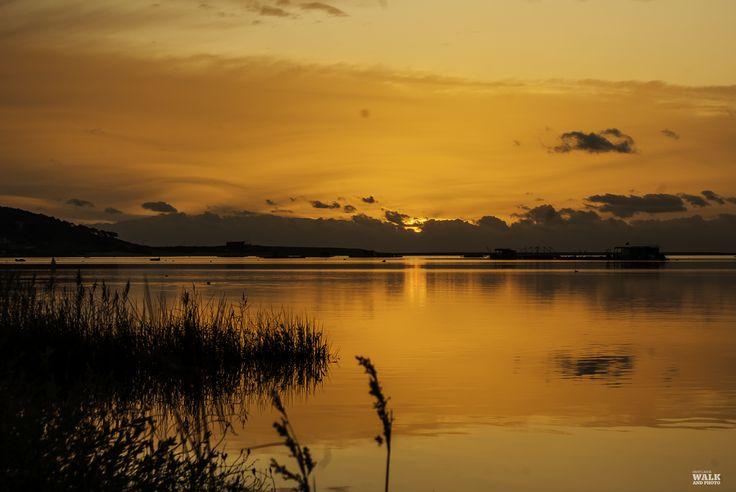 (749) Lagoa de Albufeira (Esta é dedicada a mim que nasci hoje a esta hora).  https://www.facebook.com/DanyWalkandPhoto/photos/pb.361693983921740.-2207520000.1424955189./795489920542142/?type=3&theater