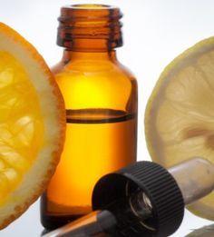 Serum de vitamina C. La vitamina C es un poderoso antioxidante con la capacidad de estimular la producción de colágeno, proteger la piel de los radicales libres, reparar el daño solar, eliminar manchas,mejorar la apariencia de las arrugas, mejorar los poros, tratar el acnéy aportar luminosidad. La vitamina C es uno de los más grandes aliados de belleza en …