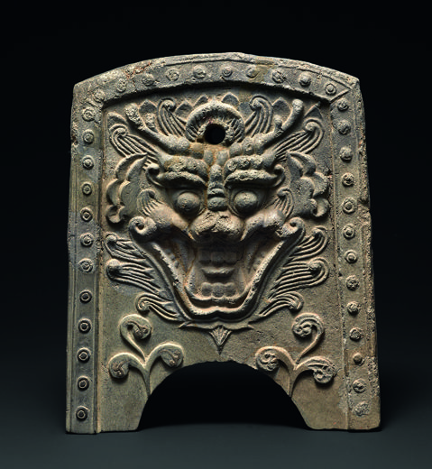 Roof tile with bestial face. Korea, Silla kingdom, 7th–8th century. Excavated from Hwangnyongsa Temple site. Earthenware