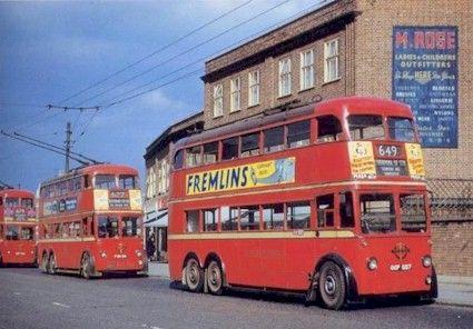 London trollebuses on Edmonton Broadway