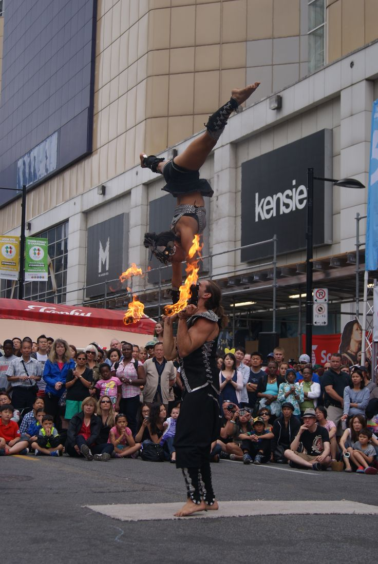 Missing the fun + heat of #Buskerfest #toronto? Relive it with my recap!: http://www.thepurplescarf.ca/2014/08/lifestyle-event-buskerfest-invades-toronto.html #culture #lifestyle #buskers #streetperformers #thepurplescarf #melanieps
