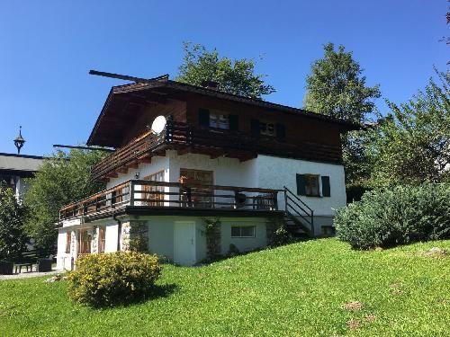 Kitzbühel - Landhaus in Bestlage mit Blick auf Kitzbühel und den Hahnenkamm