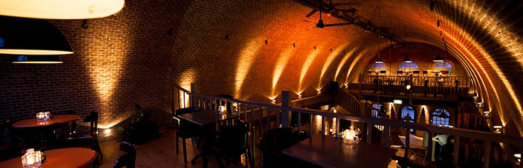 Restaurant Da Vinci!  Een unieke locatie midden in het centrum van Terneuzen voor lekker eten & drinken en al je zakelijke en privé events! De plek en het historische gebouw maken van Da Vinci een prachtige locatie met een wel heel erg bijzonder karakterNieuwstraat 35 | 4531 CV Terneuzen | +31 (0)115 - 613001