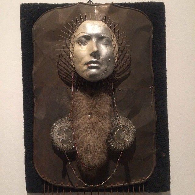 Kryształowa księźniczka #surrealizm #contemporaryart #Hasior pre #popart
