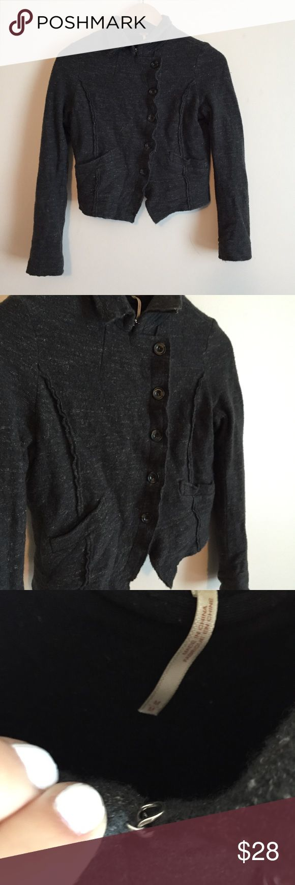 """Free People Wool button Jacket size medium! Gray women's wool jacket from Free People. 6 buttons. Metal clasp at top. Collared. 2 pockets. Black inner lining. 90% wool, 10% linen. This jacket is a bit cropped measuring about 20"""" from top to bottom. Inner lining shows a bit of piling from wear but overall this jacket is in good used condition. Price is so low because I am moving and trying to sell everything! Bundle and save✨✨✨ Free People Jackets & Coats"""