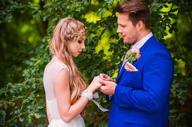 Garden of Love - inspiration for outdoor ceremony I Ogród Miłości – zaślubiny w ogrodzie   #bride #groom #palace #wedding #garden #ceremony #outdoor #peonies #weddingdress #pannamłoda #panmłody #zaślubiny #ogród #ślub #wesele #pałac #powiedztak #ido