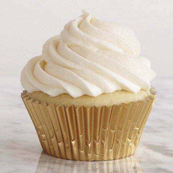 For those of you who like the simple things in life... Madagascan vanilla cupcakes