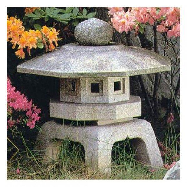 """Japanische Granitlaterne """"Sennyuyi Yukimi"""" - weitere Steinlaternen unter: https://www.japanwelt.de/garten/steinlaternen/ #japan #laterne #steinalterne #garten #wohnen #japanisch #japanwelt"""