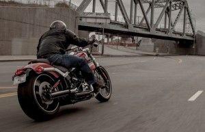 Harley-Davidson Breakout 2013. La Breakout 2013 es un modelo de primera clase en su segmento, con unos componentes que no encontrarás en otras motos Harley
