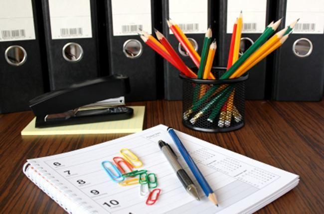 Dosszié tűzőgép ceruza http://www.wts.hu/upload/irodaszer/eagle-tuzogepkapocs-tuzokapocs