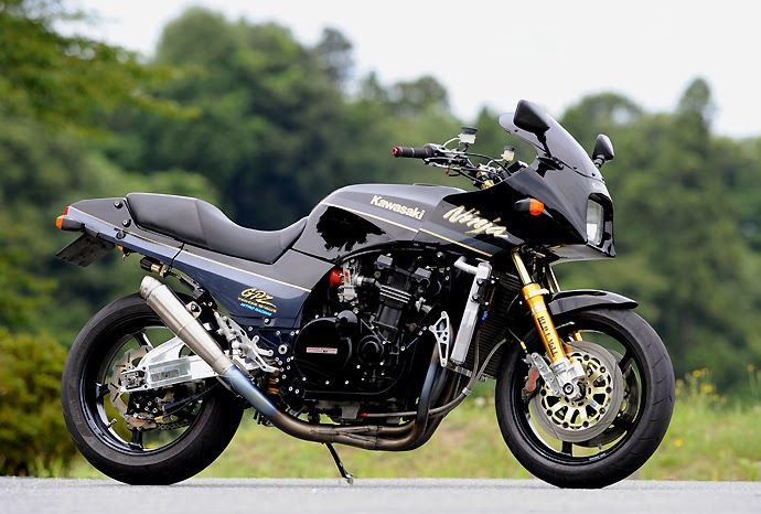 GPZ900 Built from 1984 to 2003 and still better looking than any kaki built today.