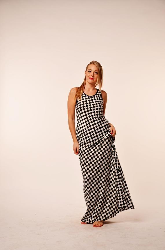 Maxi dress, Plus size maxi dress, Black and white dress ...