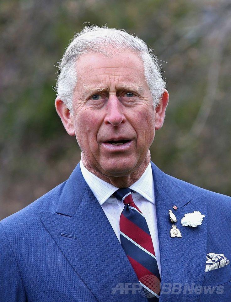 カナダ・ハリファクス(Halifax)の庭園ハリファクス・パブリック・ガーデンズ(Halifax Public Gardens)を訪れたチャールズ英皇太子(Prince Charles、2014年5月19日撮影)。(c)AFP/Getty Images/Chris Jackson ▼23May2014AFP|英皇太子「プーチンはヒトラーと同じ」発言にロシア猛抗議 http://www.afpbb.com/articles/-/3015709 #Halifax_Public_Gardens #Prince_Charles