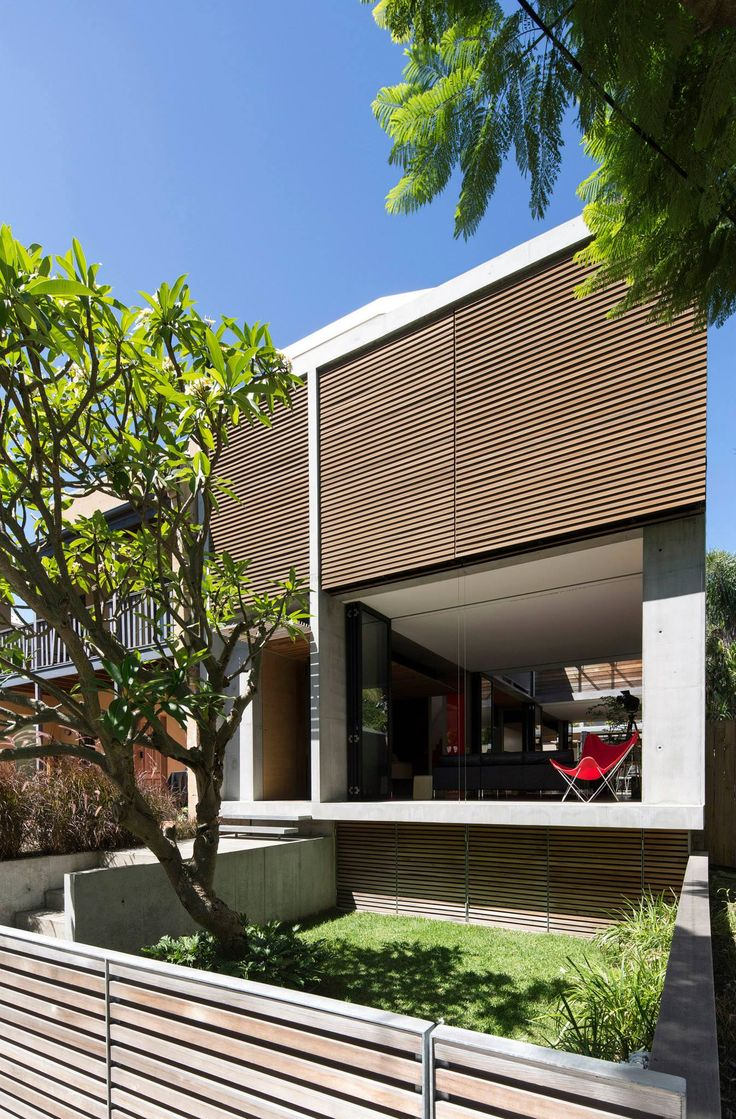 Alexandria Courtyard House by Matthew Pullinger Architect / Residential Architecture, Houses (New) -Commendation / Photography: Brett Boardman