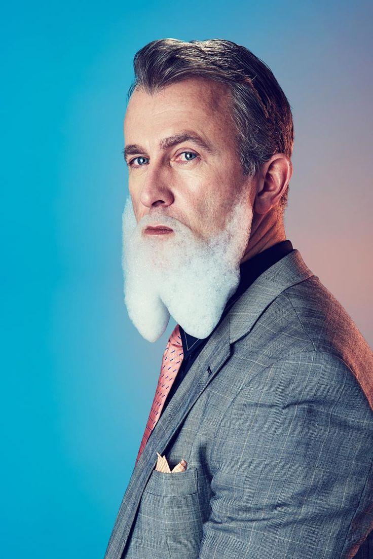 #BLOG Le photographe Mindo Cikanavicius réalise des portraits amusants d'hommes arborant fièrement des barbes en mousse. - #grainedephotographe #photo #portrait