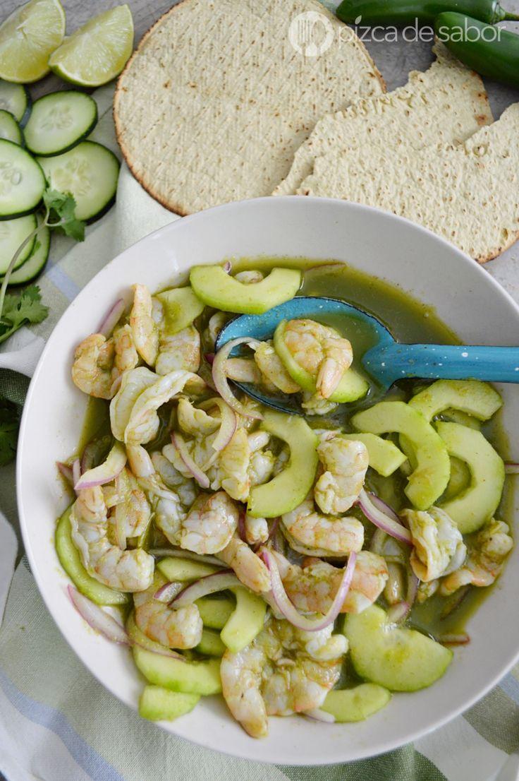 Aprende a preparar un aguachile de camarón con esta receta fácil, práctica y muy deliciosa. A todos les encanta, no te quedes sin probarlo.