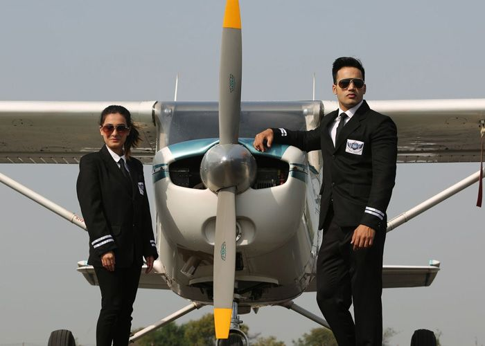 Difference between PPL (Private pilot license) and CPL (Commercial Pilot License)