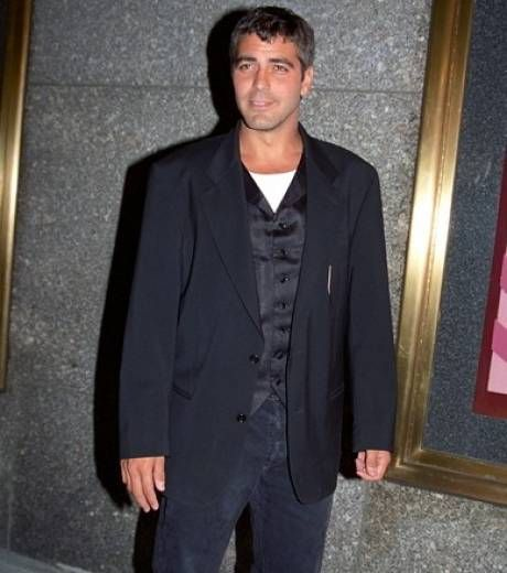 George Clooney arrived at the MTV Video Music Awards in September 1995