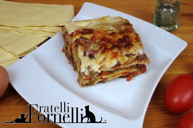 Le #lasagne:uno dei piatti più conosciuti della #cucina Italiana, sfoglie di #pasta all'uovo, #ragù, #béchamel e #parmigiano - Fratelli ai Fornelli