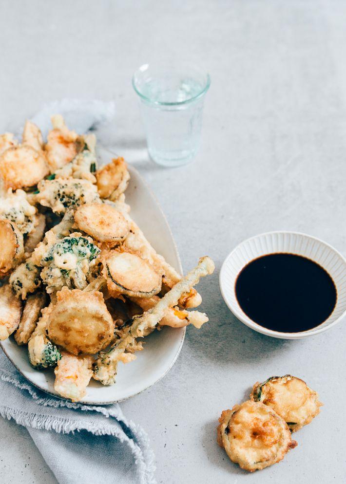 Groente tempura. Lekker borrelhapje.  Kan ook met kip, garnalen