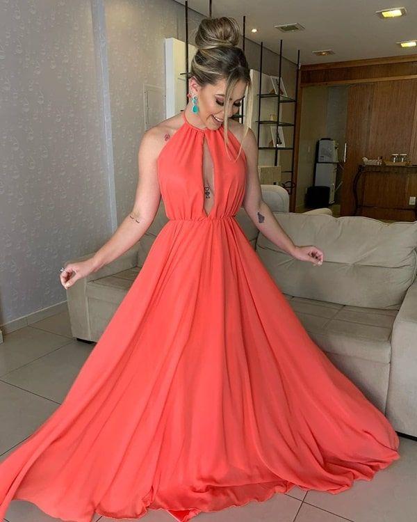 60 vestidos longos coral, salmão, pêssego e laranja para madrinhas de casamento (com imagens) | Vestidos, Vestidos glamourosos, Vestido de madrinha coral
