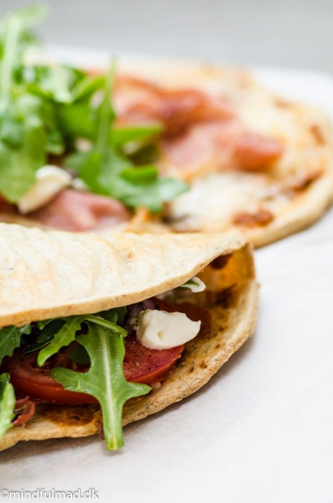 Lun LCHF eightie-klapper med skinke og ost :http://mindfulmad.dk/lun-lchf-eightie-klapper-med-skinke-og-ost/