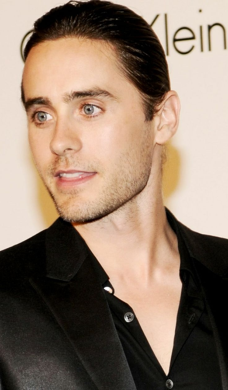 Jared Leto  He is a beautiful beautiful man