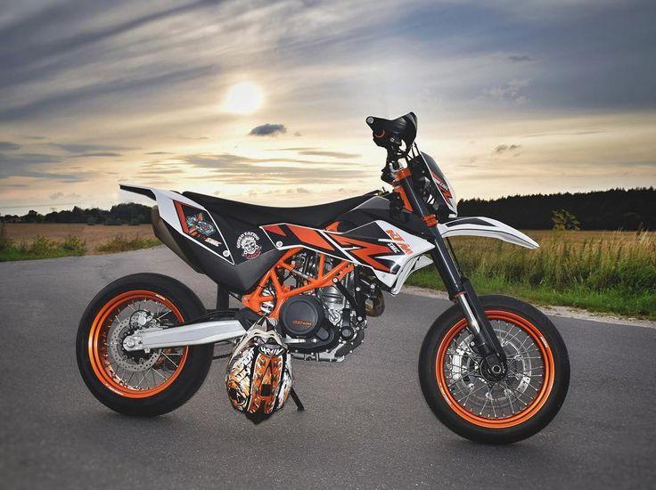 16 best ktm smc r 690 images on pinterest biking motorbikes and motorcycles. Black Bedroom Furniture Sets. Home Design Ideas