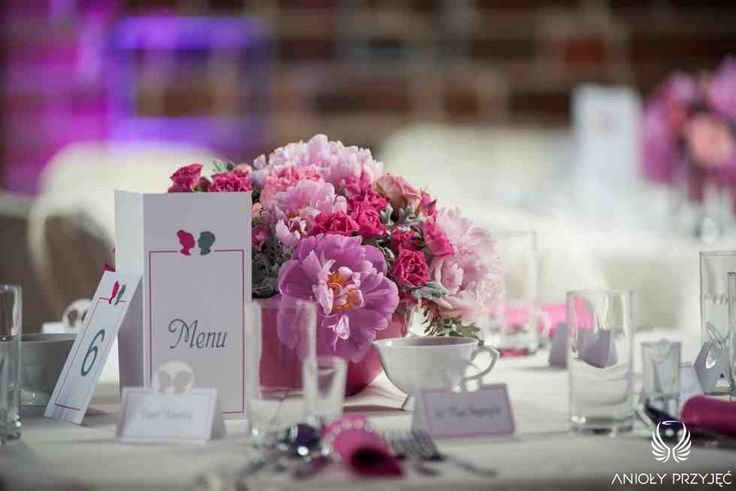 1. Fuchsia Wedding,Centerpiece,Menu card / Wesele fuksjowe,Dekoracje stołu,Anioły Przyjęć